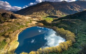 Heart_Lake, New Zealand